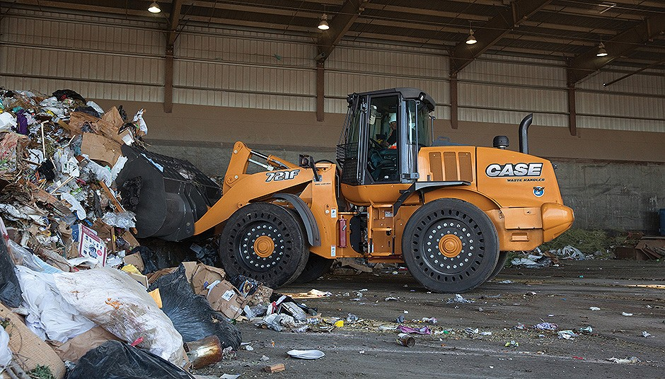 Case Construction Equipment - 721F Wheel Loaders