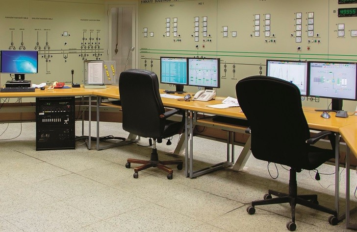 Industrial fibre optic systems can be easily monitored from central control rooms.