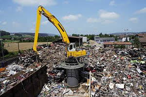 Liebherr Canada - EP 944 C Stationary Material Handlers