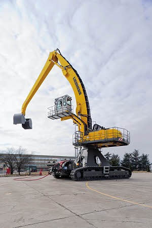Liebherr Canada - ER 954 C High Rise Material Handlers