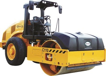 Weiler C110 Combination Compactor: Effective on Asphalt and Soil Compaction Projects
