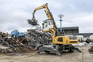 Liebherr Canada - LH 35 M Litronic (Stage IIIB) Material Handlers