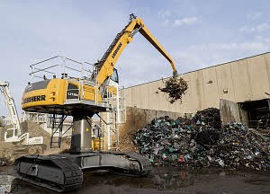Liebherr Canada - LH 50 C High Rise Litronic Material Handlers