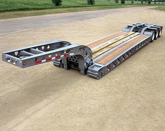 Trail King Industries, Inc. - Commercial HDG (Hydraulic Detachable Gooseneck) Lowboy Trailers