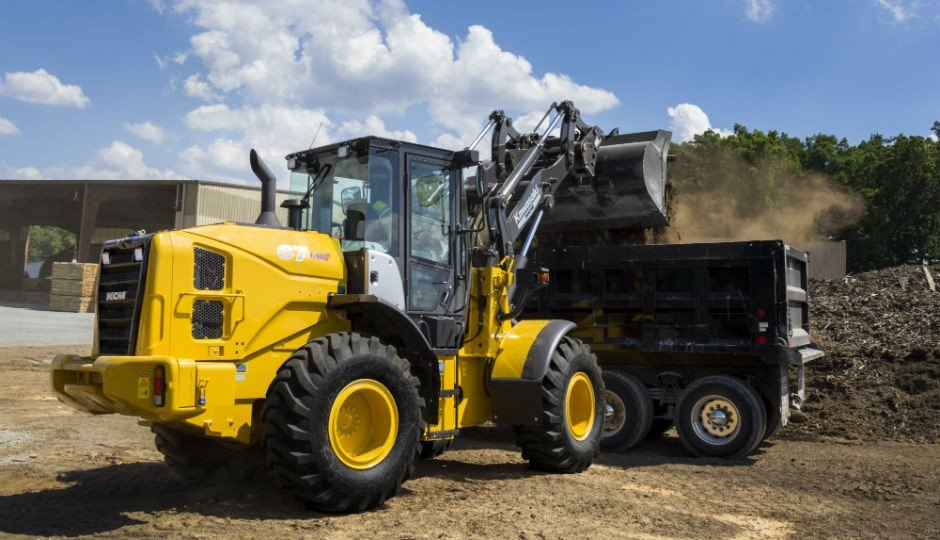 Kawasaki-KCM's new 67TM7 and 70TM7 Task Master Toolcarriers come equipped with quick couplers as standard equipment, which combined with parallel linkage, makes them extremely versatile machines.