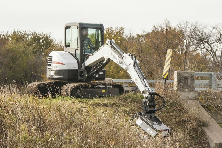 Bobcat 40-inch FMR flail mower attachment.