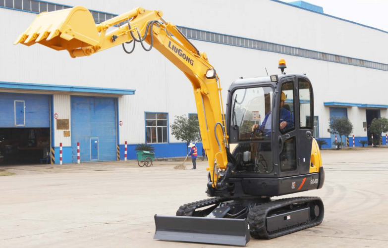 LiuGong North America - CLG904DIIIA Excavators