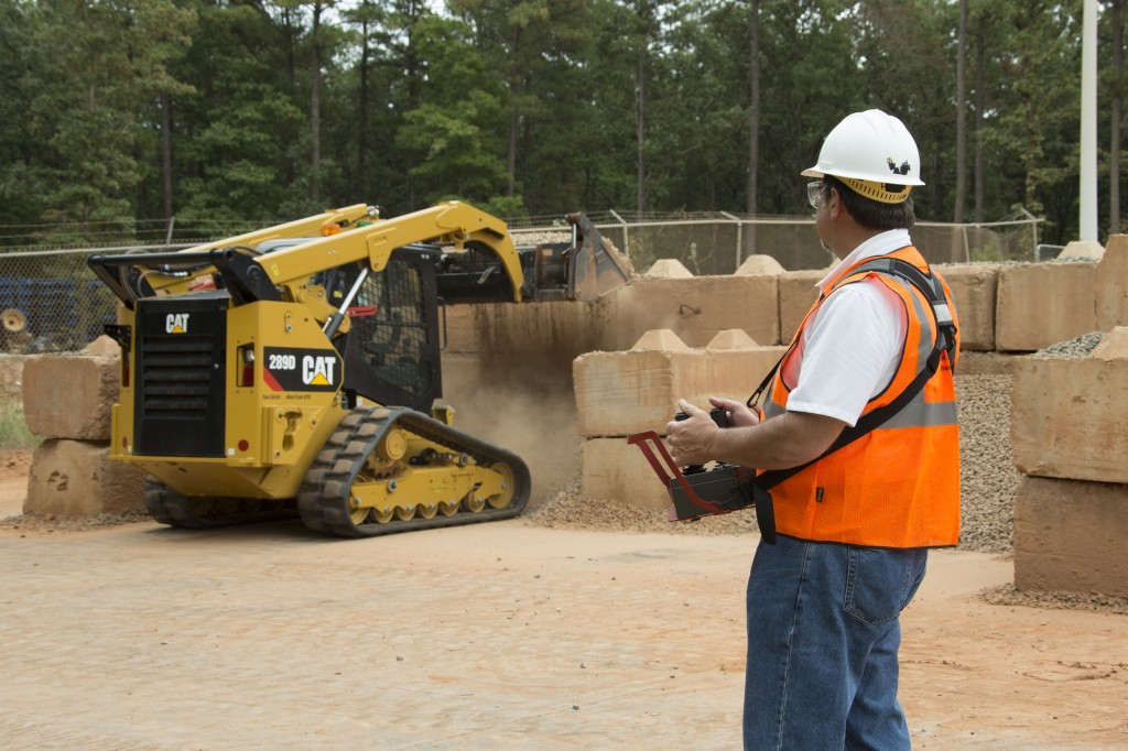 Caterpillar Skid Steer >> Remote Controlled Skid Steer Among New Product Offerings From