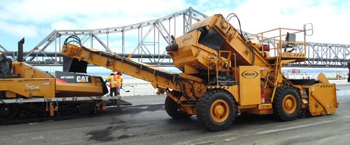 Weiler - E1250A Material Transfer Vehicles