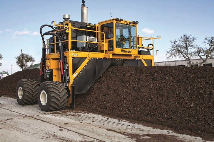 The CT718 compost turner is designed to provide consistent results in less time