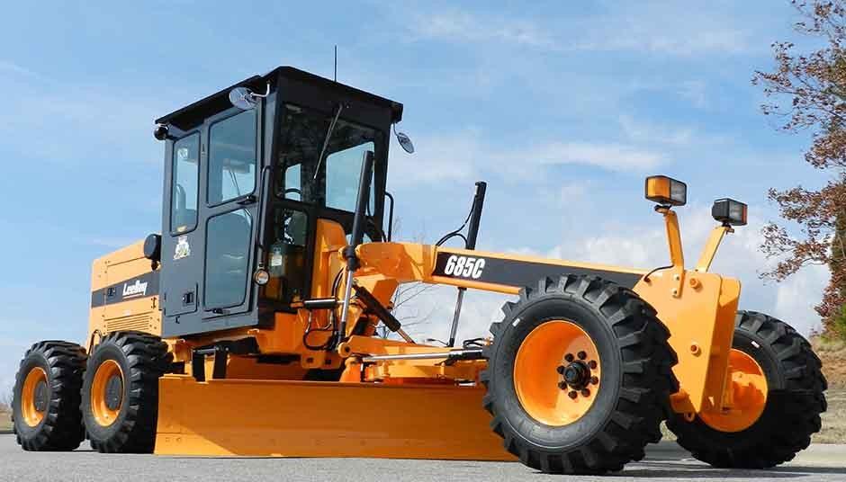 CASE Construction Equipment - 685C Motor Graders
