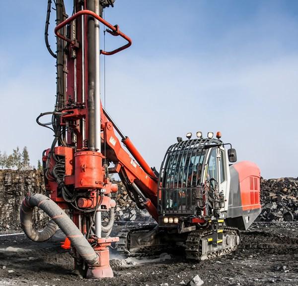 Sandvik - Leopard DI550 Track Drills