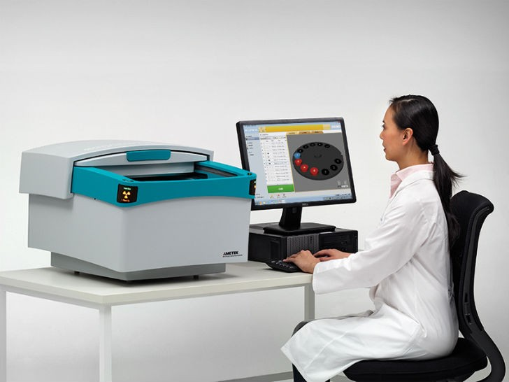 An elemental analyzer designed for demanding applications – the SPECTRO XEPOS energy dispersive X-ray fluorescence (ED-XRF) spectrometer redefines ED-XRF analysis with exceptional new levels of performance.