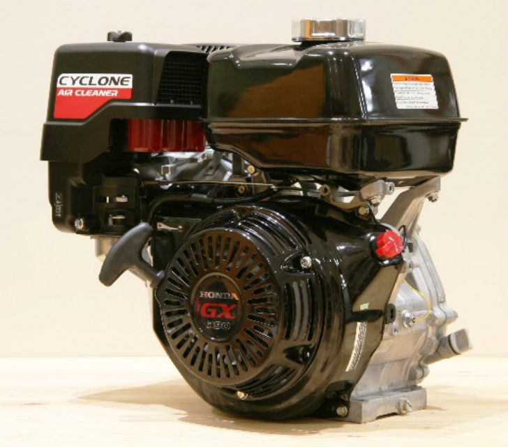 GX390 Engine with Cyclone Air Cleaner.