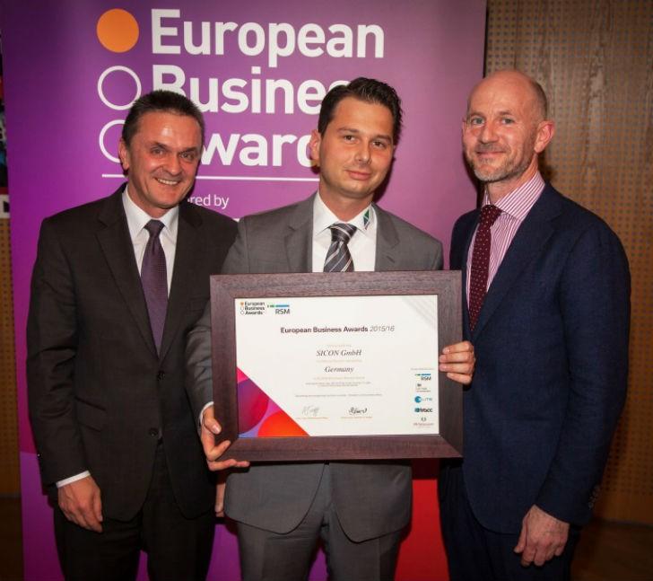 Sebastian Schülke, CEO SICON GmbH with Adrian Tripp, CEO European Business Awards (r), Franz Huber, Partner RSM Germany (l)
