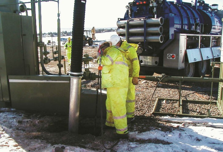 It's important to prevent the water system on your vacuum excavator from freezing. The Vactor HXX water tank is manufactured from HDPE which retains heat in the cold winter months better than steel or stainless steel materials.