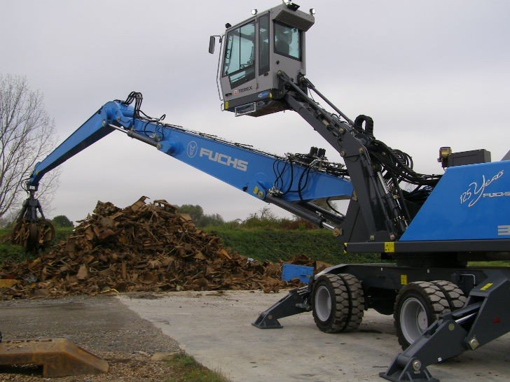 Fuchs will unveil the new material handler and cab design at ISRI 2016.