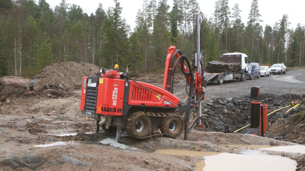 Sandvik DC125R compact, top hammer drill rig - Heavy