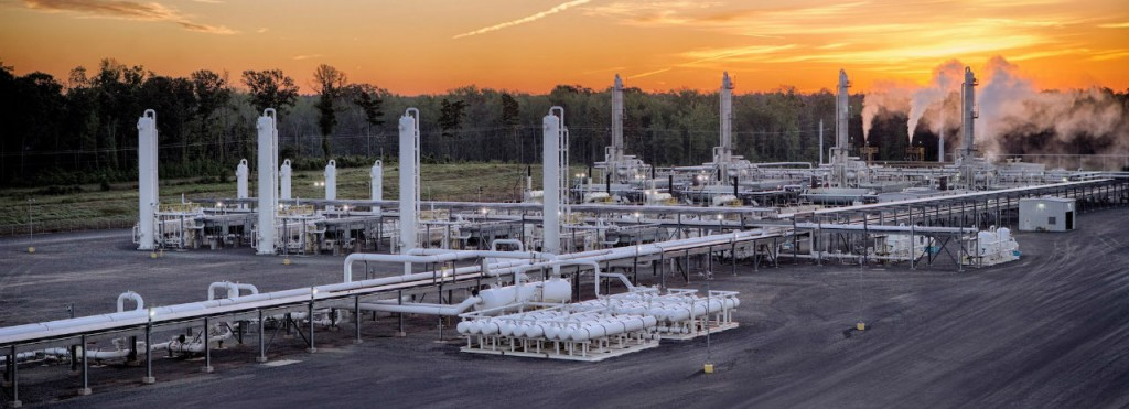 The plant increases by 60 percent the amount of NGLs produced by Williams in Canada.