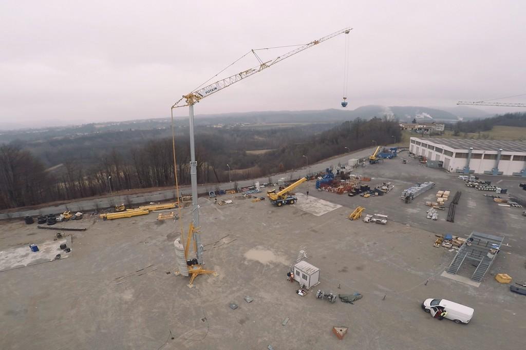 Manitowoc Company, Inc - Potain Hup 32-27 Self Erecting Cranes