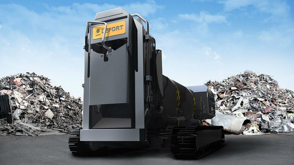 LEFORT's first ever track-mounted shear/baler/logger, debuted in North America at the 2016 ISRI convention in Las Vegas.