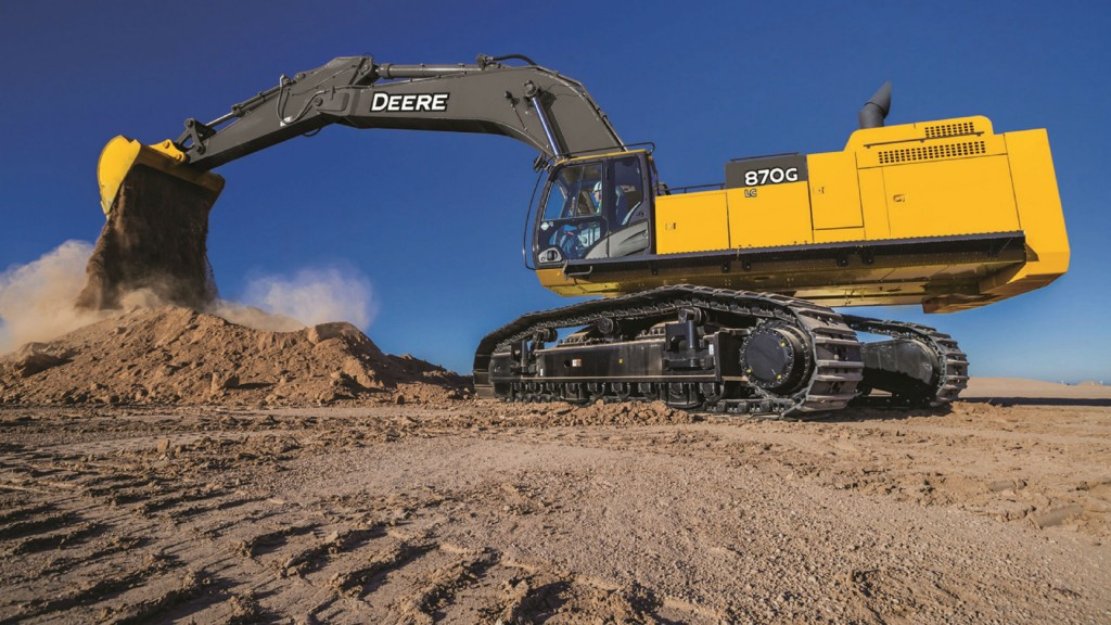 The updated 870G LC excavator offers a new T4F diesel engine.
