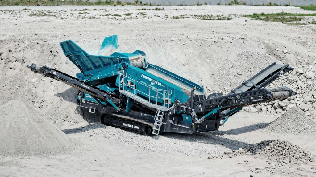 Powerscreen launches two new versions of the Warrior 2100 screen