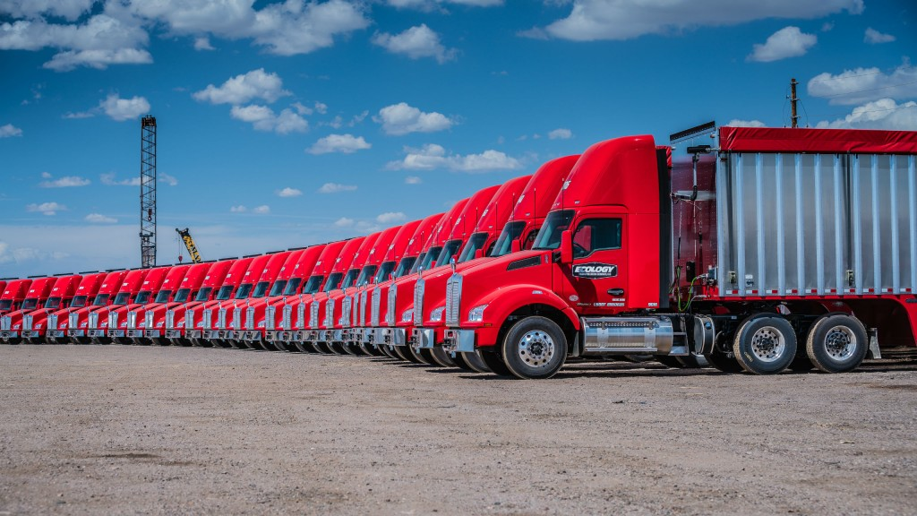 Ecology Recycling and Transportation Services runs 61 Kenworth T880s equipped with PACCAR MX-11 engines rated at 430 hp with 1,550 lb-ft. of torque.