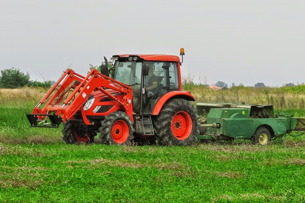 KIOTI Tractor - PX9020PC Tractors