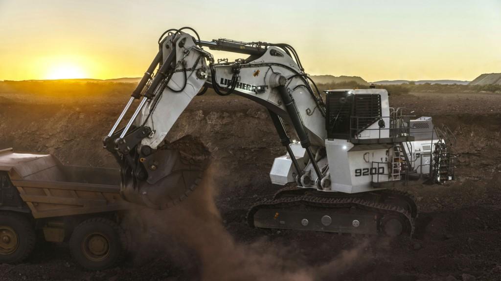 R 9200 mining excavator.