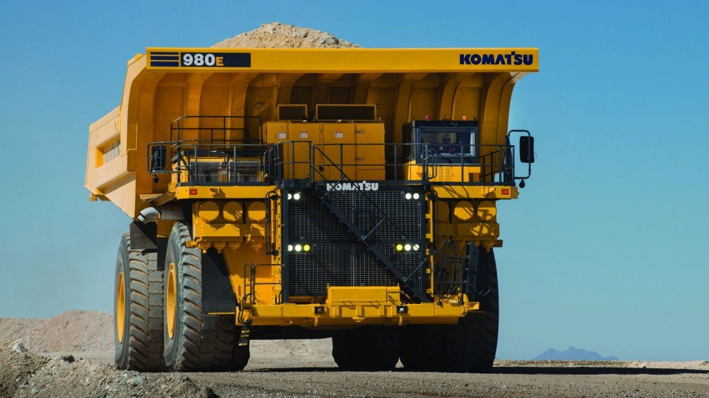 The 980E-4 haul truck has 400-ton capacity and 3,500 HP engine for service in mine sites.