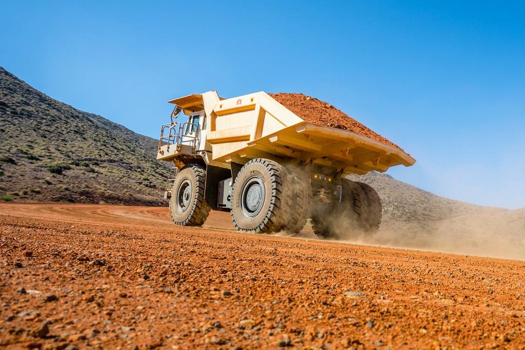 Liebherr Canada - T 236 Mining Trucks