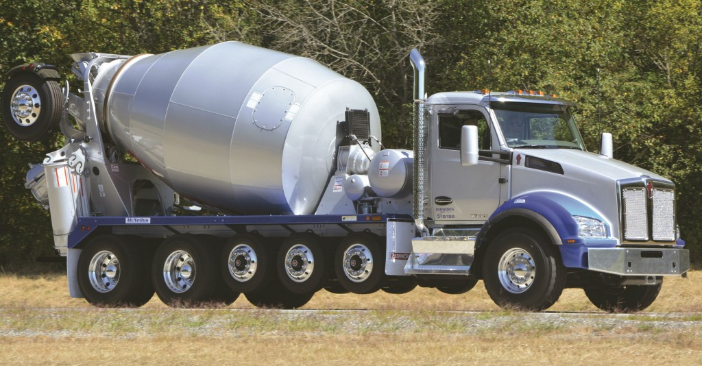 A Kenworth T880 bridge mixer powered by the PACCAR MX-11 engine.