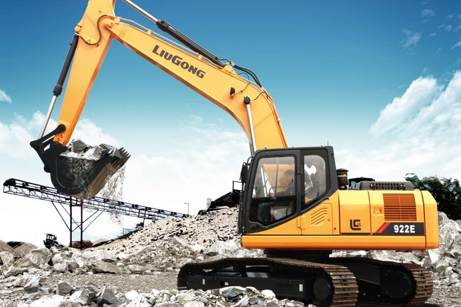 LiuGong North America - CLG922EIV Excavators