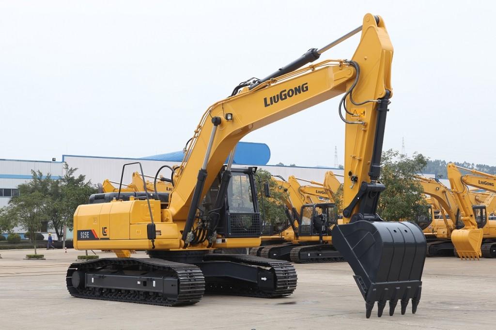 LiuGong North America - CLG925EIV Excavators