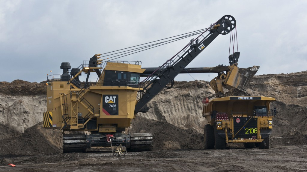 Caterpillar has developed the Operator Assist—Enhanced Motion Control system for the largest 7495 Series of Cat electric rope shovels and Bucyrus 495 shovels in service.