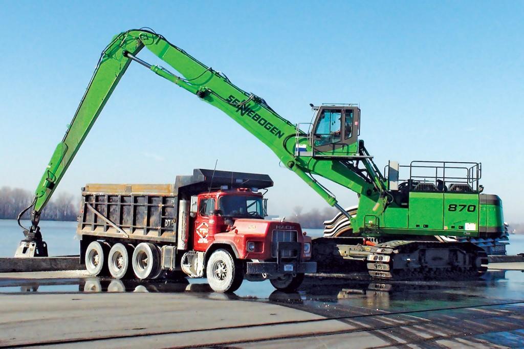 SENNEBOGEN LLC - 870 R-HD Material Handlers