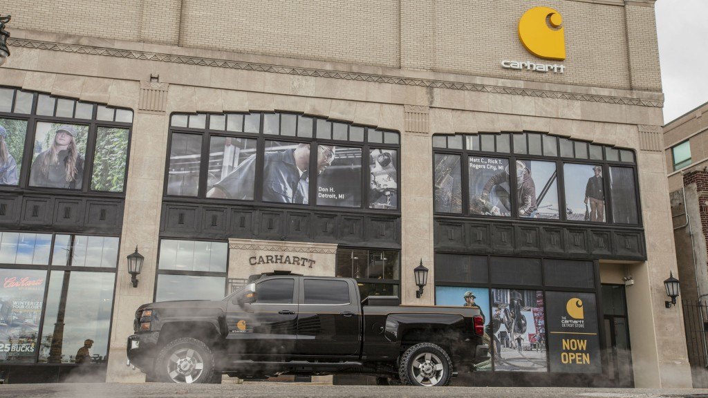 The 2017 Silverado 2500HD Carhartt concept vehicle is a truck built to tackle the toughest jobs while integrating the rugged aesthetics of hard-working lifestyles, reflected in the resiliency and versatility of the iconic work jackets.