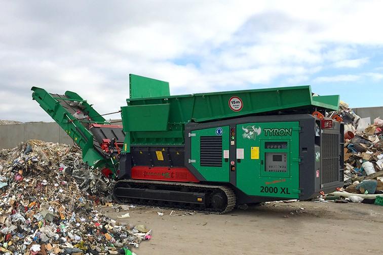 HAAS Recycling Systems - Tyron 2000XL Shredders