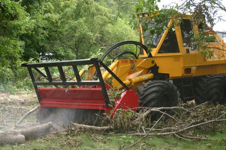 Jarraff Industries - Geo-Boy 4-Wheel Drive Tractors