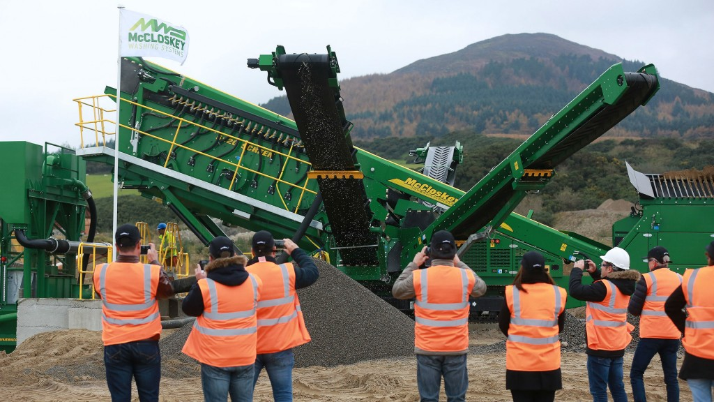 New equipment demo impresses over 100 attendees from across Europe and North America.