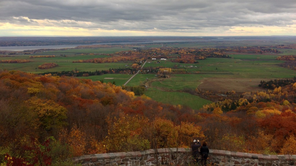 A view of the Ottawa Valley, in the St. Lawrence Lowland region.