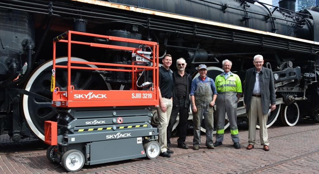 Skyjack machines help restore history at Railway Museum
