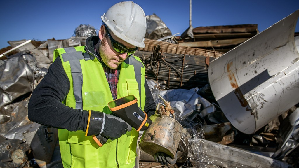Vulcan takes just one second to measure metal alloys, allowing large quantities of scrap metal to be sorted in scrapyards easily and fast.