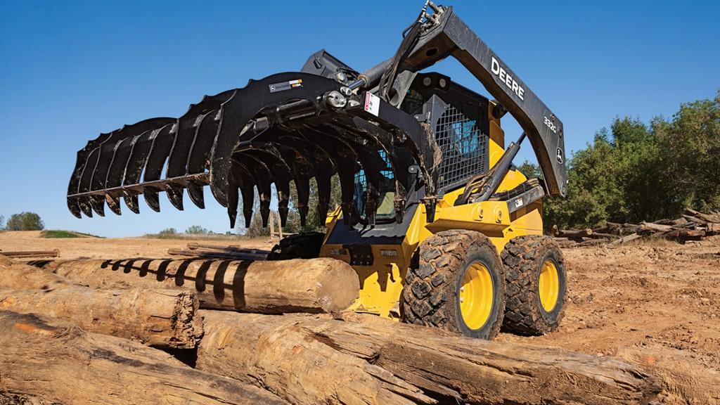 John Deere root rakes take on tough land-clearing jobs