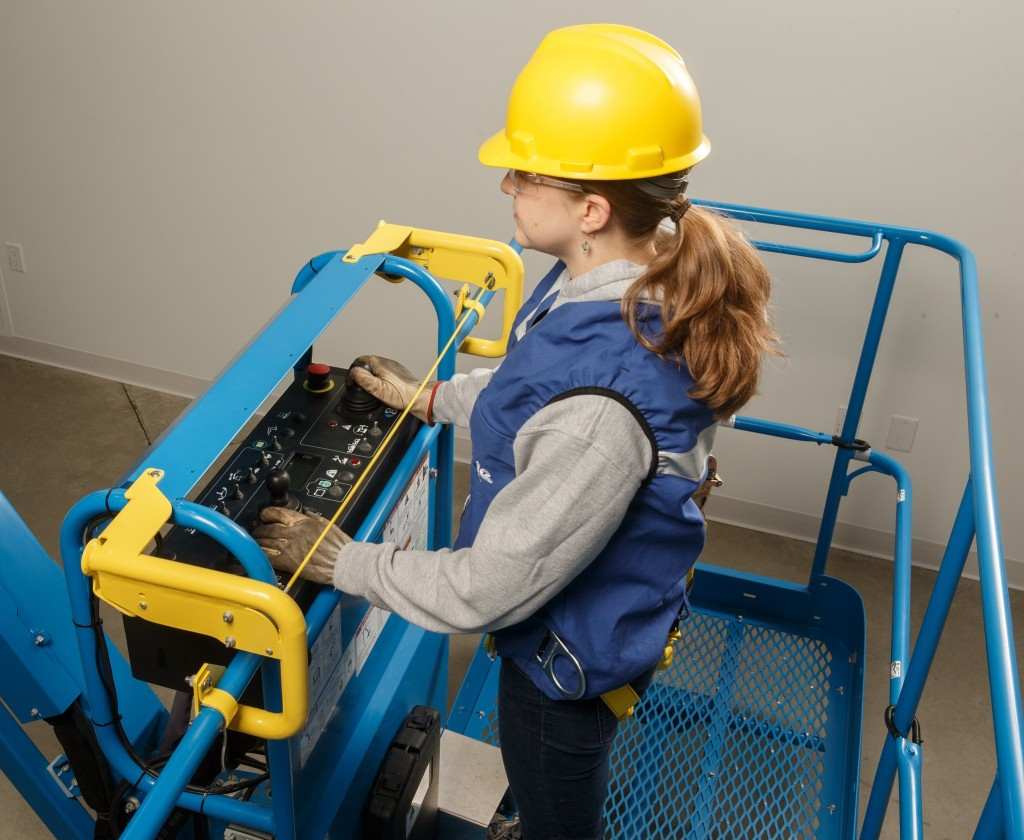 GENIE Introduces Lift Guard Contact Alarm System — A New Generation of Secondary Operator Protection