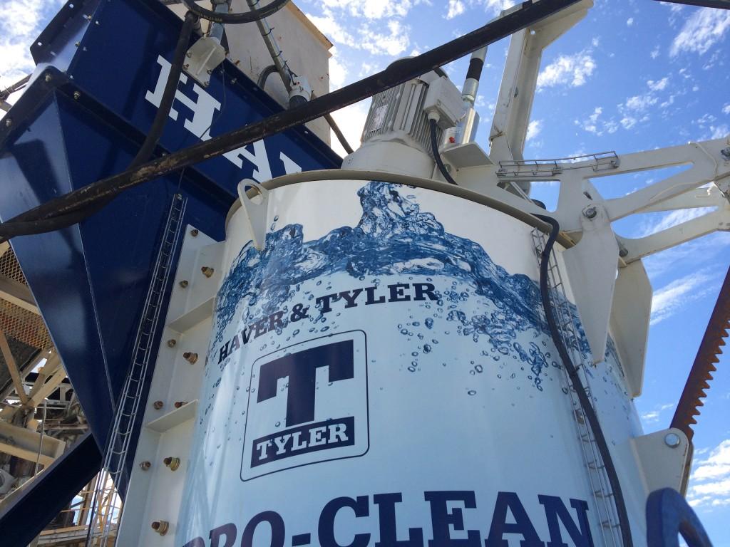 Haver & Boecker Hydro-Clean 1000 Wash Plant offers semi-portability on custom skid structure