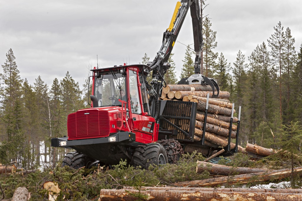 Komatsu America Corp. - Komatsu 855.1 Forestry Tractors