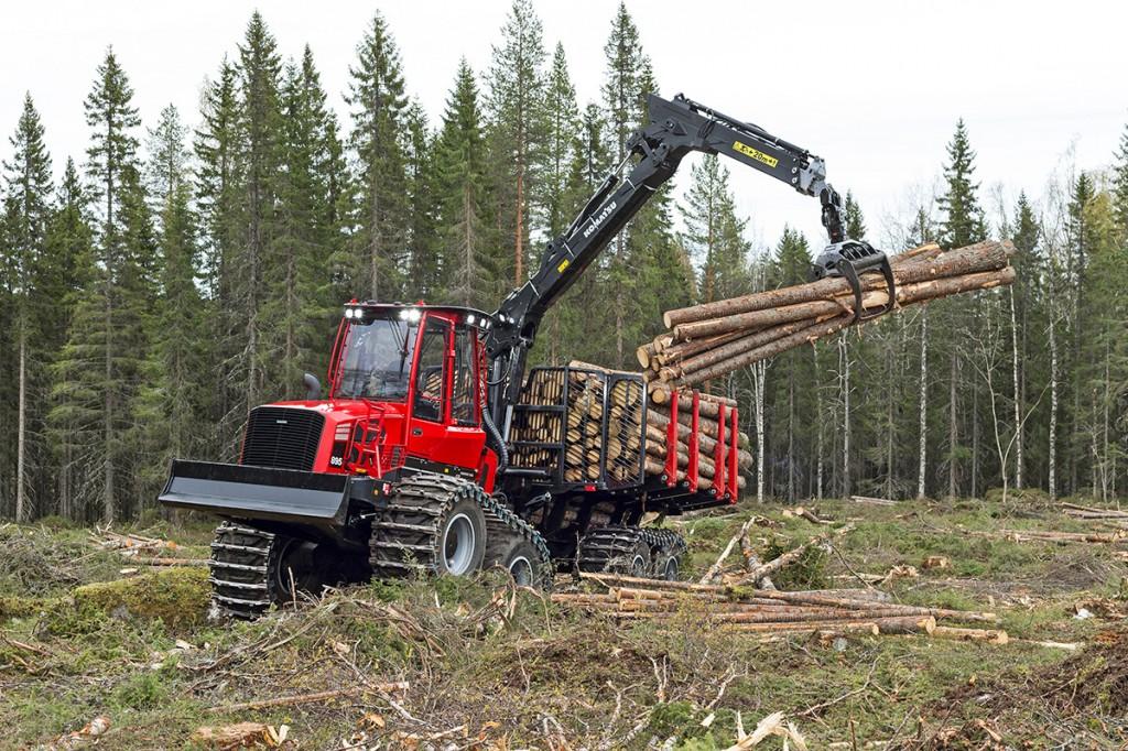 Komatsu America Corp. - Komatsu 895 (2017) Forestry Tractors