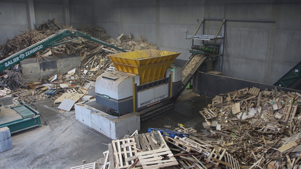 UNTHA reveals third generation, XR waste shredder